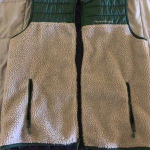 Vineyard Vines Green and fleece vest size Medium
